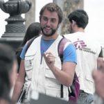 Participamos na concentración en defensa dos postos de traballo de Médicos Sen Fronteiras, en Compostela