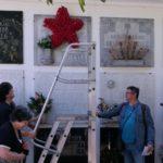 Unha estrela de caraveis vermellos para a memoria viva de Manolito Bello