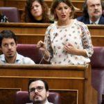 Yolanda Díaz esixe no pleno a paralización absoluta do ERE de Alcoa e que se defenda ao persoal