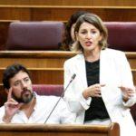 Yolanda Díaz pregunta ao Goberno sobre medidas que garantan o futuro das empresas electrointensivas, como Alcoa