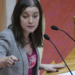 🎥 Eva Solla insta ao Goberno galego a manter o paritorio e as urxencias pediátricas do Hospital Comarcal de Verín